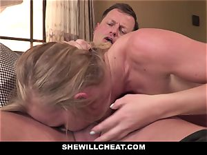 SheWillCheat - Squirty wifey Gets Slayed By Internet stud