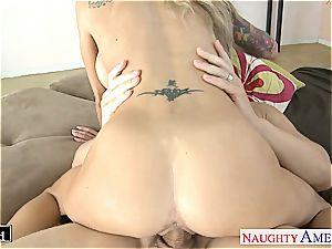 tatted blond Sarah Jessie pulverizing