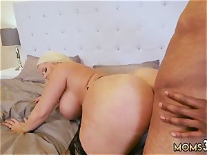 mom squirts ally counterpart s daughter milf screws The Gardener