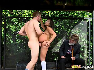 jokey situation of honeypot inserted daughter-in-law and her grandpa witnesses at bus stop - Abella Danger and Bill Bailey