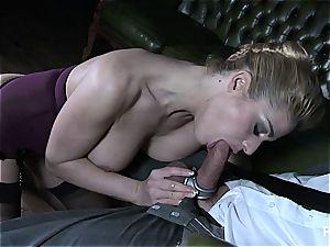 Cathy fellating a big one