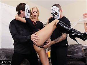 drill Confessions Alexis gives stepson a Halloween treat