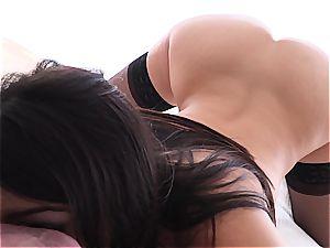 porn pornographic star Valentina Nappi gaping on manhood