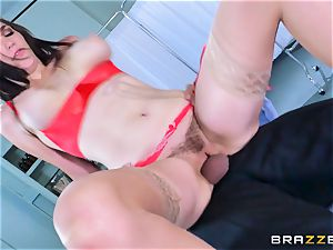 Holly Michaels getting super-fucking-hot and perspiring with Kerian Lee