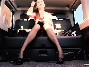 porked IN TRAFFIC - british Tina Kay boned in the car