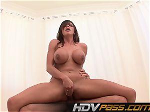HDVPass huge-titted babe Ariella Ferrera Gets Down