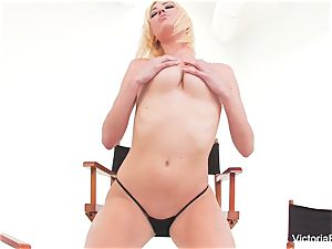 uber-sexy honey Victoria milky displays off her amazing assets