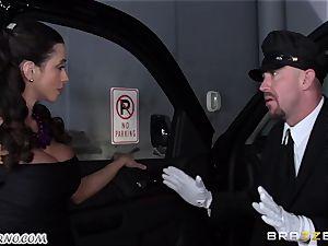 big-titted Ariella Ferrera - Drive on my man rod