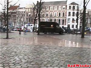 dicksucking amsterdam hooker cummed on