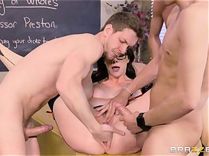 Chanel Preston penetrated in every fuck hole