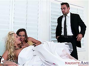 super-sexy stunners Jada Stevens and Phoenix Marie share man meat