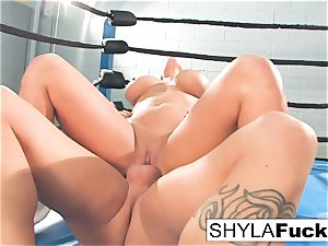 Shyla gets some lessons on grappling teaching